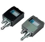 YWK-50 压力控制器