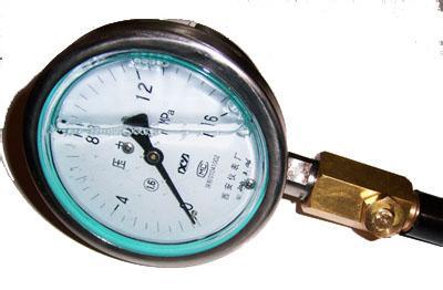 耐震全不锈钢压力表YTF-100-Z ,YTF-150-Z耐震全不锈钢压力表